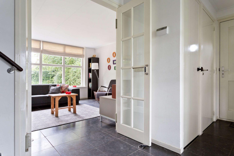 'T Atelier vakantiehuis op Schiermonnikoog met riante moderne woonkamer